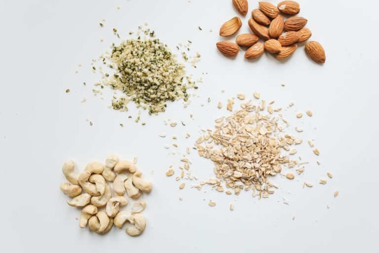 What nuts can you eat on keto?